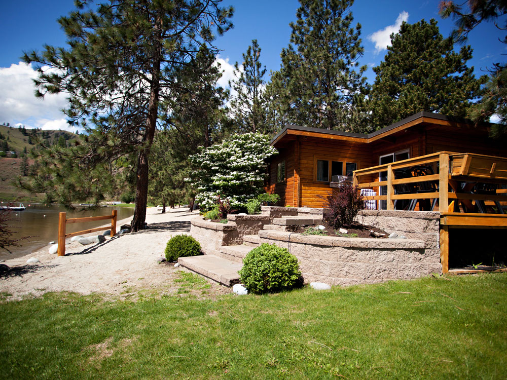 cabin rentals okanagan bc resort gallery photos on skaha